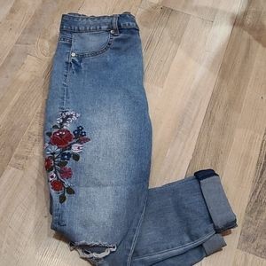 Bluenotes High Rise Flower Embroidered Jeggings